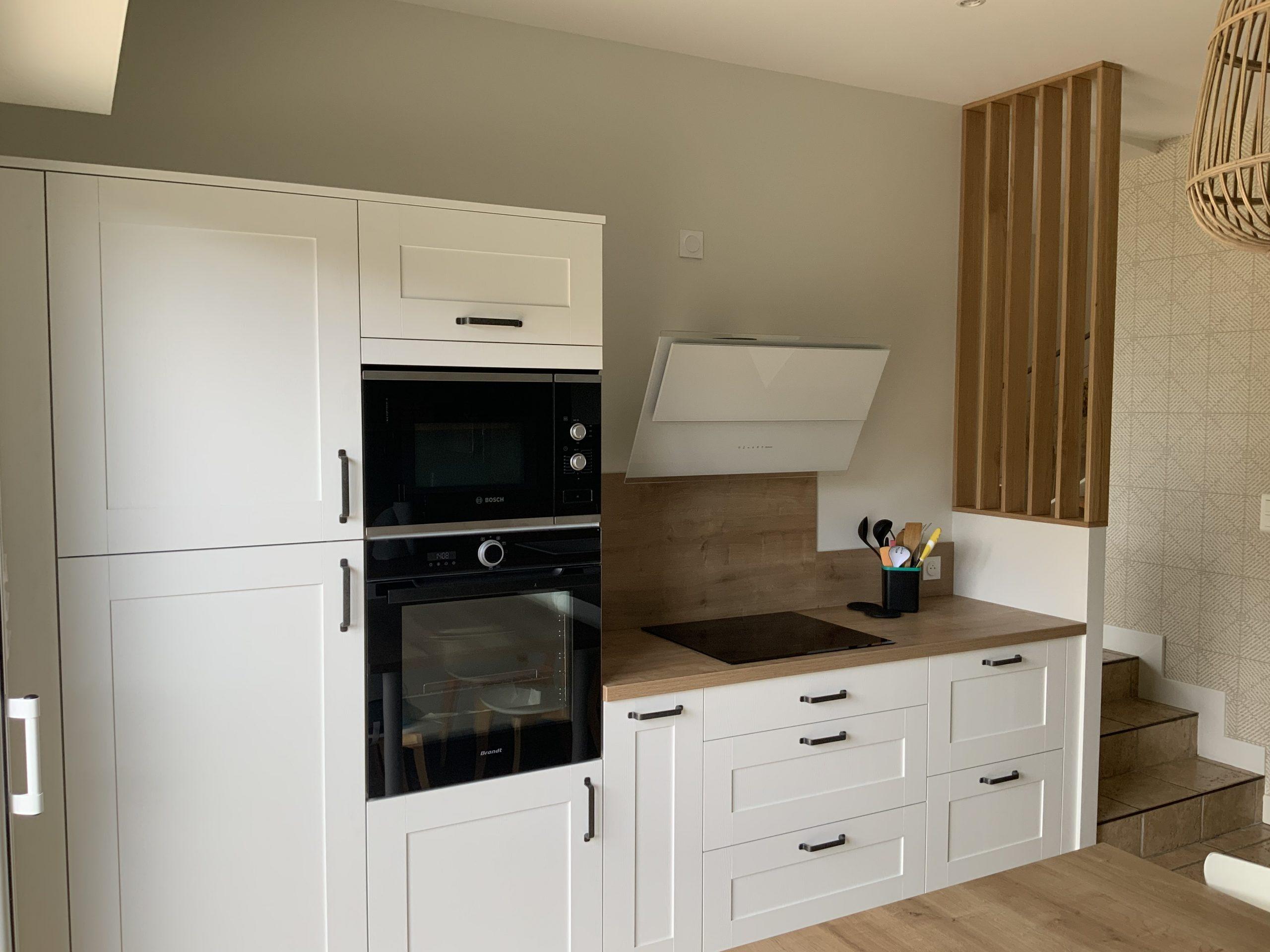 Création d'une cuisine sur mesure blanche