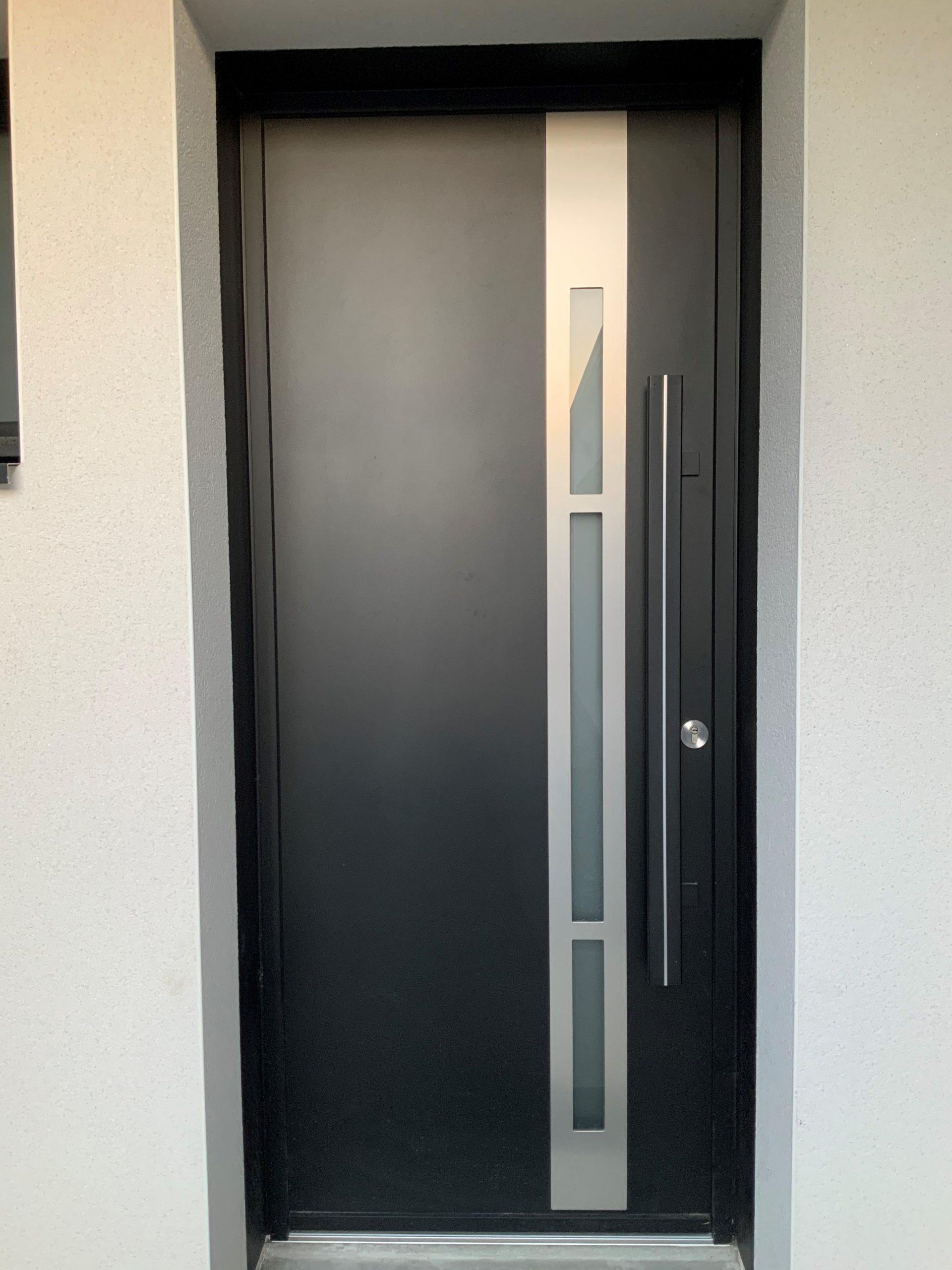 Création et pose de portes intérieures sur Les Herbiers par Yvon Moreau